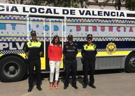 La Policía Local saldrá por primera vez con un autobús en la marcha del orgullo gay | Policies 2.0 | Scoop.it