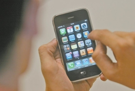 WhatsApp, Facebook e Twitter são preferidos para contactar amantes | Facebook | Scoop.it