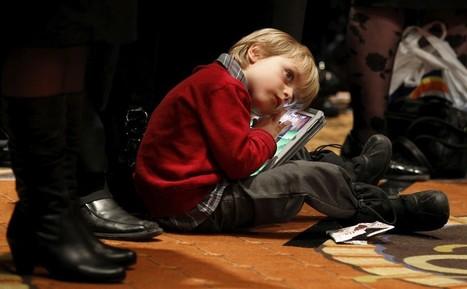Deixar crianças de 8 anos com tablets? Cuidado | Educommunication | Scoop.it