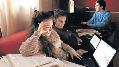Los adolescentes usan pocos libros y más Internet para estudiar | Yo Aprendo | Scoop.it