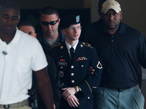 Bradley Manning Is Now Chelsea Manning. The Press Should Start Using Female Pronouns Immediately.  | Gay News | Scoop.it