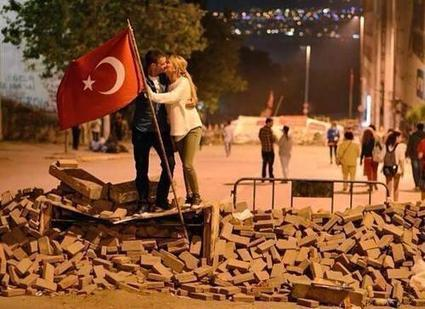 Activist Love ❤ in Turkey ... | Vloasis vlogging | Scoop.it