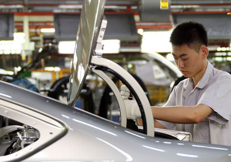 China Manufacturing Index Falls as Xi Grapples With Growth Risks | EconMatters | Scoop.it