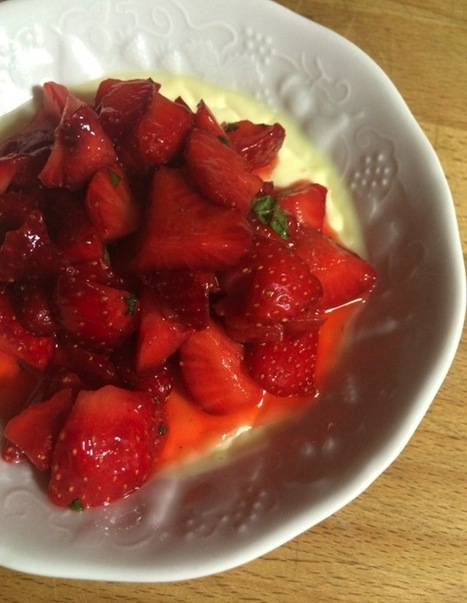 Panna cotta et tartare de fraises | Food sucré, salé | Scoop.it