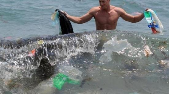 François Galgani: «5.000 milliards de particules de plastiques flottent à la surface des océans»