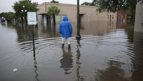 S.C. governor: Historic rain system just sitting there | Inequality, Poverty, and Corruption: Effects and Solutions | Scoop.it