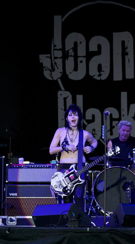 PHOTO: Joan Jett, deLuna fest 2012 | SongsSmiths | Scoop.it