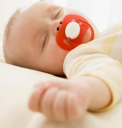 Bébé passe sa première soirée avec la baby-sitter - LaDépêche.fr   Parce que chaque bébé est unique...   Scoop.it