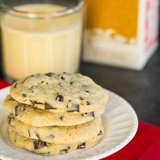 Dark Chocolate Chunk Eggnog Cookies | Brown Eyed Baker | Chocolat | Scoop.it