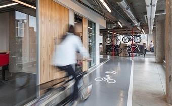 Et si le vélo changeait l'architecture du bureau ? l Transit-City | Mobilités | Scoop.it
