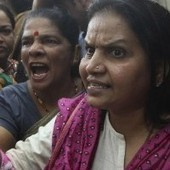 India, stuprarono e uccisero studentessa 23enne. Condannati i quattro imputati | DOPPIA PREFERENZA | Scoop.it