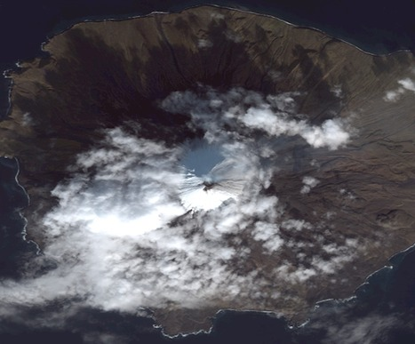 Scientists monitoring, providing alerts on Pavlof and Cleveland volcanoes - Phys.Org | internal earth | Scoop.it