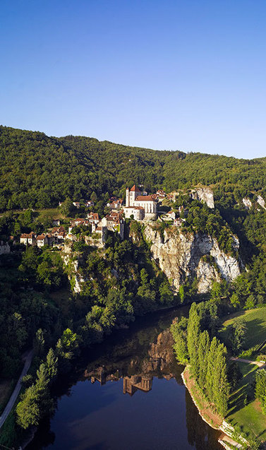 St-Cirque-Lapopie, ¿el pueblo más bello de Francia? | Revue de presse Espagne du Comité Régional du Tourisme Midi-Pyrénées | Scoop.it