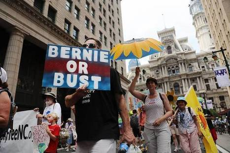 Bernie Sanders Supporters Chant 'Lock Her Up' in Philadelphia Protest Against Clinton | Xposing Government Corruption in all it's forms | Scoop.it