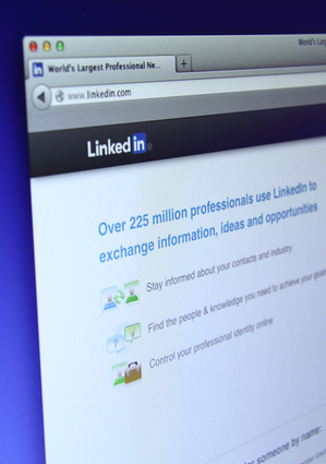 LinkedIn da un nuevo giro a su estrategia de mercadeo   nancyperave   Scoop.it