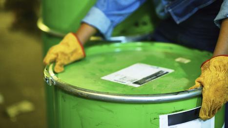 Quelles sont vos obligations concernant le traitement des déchets industriels dangereux ?   ISORE : Experts en projets durables   Scoop.it