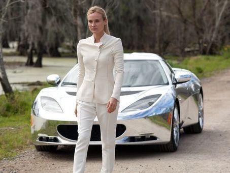 Sci-fi movie shines when it comes to chrome cars | Machinimania | Scoop.it