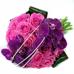 Send romantic bouquets online at affordable prices! | Same Day Flowers Delivery in London | Scoop.it