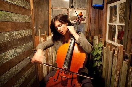 New Orleans cellist, bass player duo at The Brick - KansasCity.com | OffStage | Scoop.it