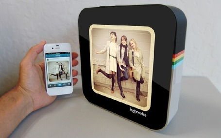 InstaCube Puts Instagram Pics on Your Nightstand | Social media culture | Scoop.it