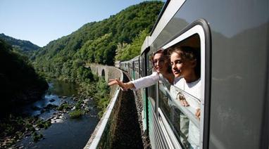 Le Train Touristique des Gorges de l'Allier   Lozère Tourisme site officiel du CDT   Tourisme en Lozère   Scoop.it