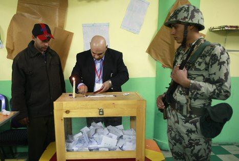 Les Frères musulmans et l'armée s'affrontent sur le terrain constitutionnel | Égypt-actus | Scoop.it