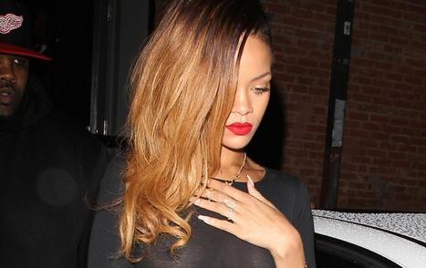 PHOTOS Rihanna à moitié nue dans la rue - Voici | people and potins | Scoop.it