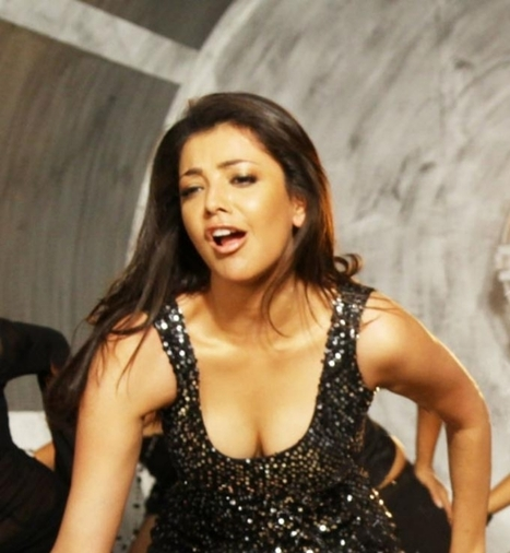 world of celebrity : Sexy boobs show photos of bollywood actresses | celebrity world | Scoop.it