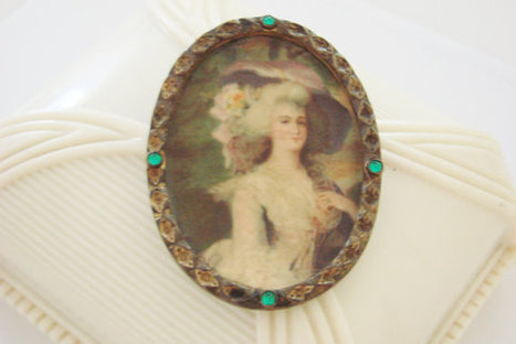 Antique Brass Tin Victorian Lady Lithograph Portrait Brooch / Cameo Style / Reenactment / Green Rhinestones / Vintage Jewelry / Jewellery | Vintage and Antique Jewelry & Fashion | Scoop.it