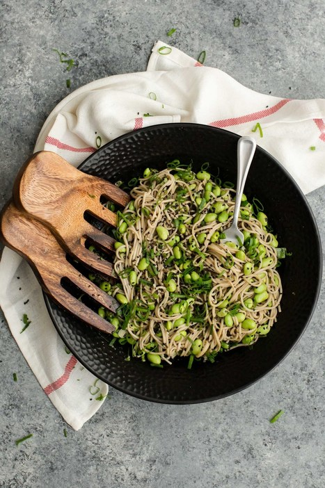 Sesame Soba Noodle Bowl with Edamame | Tastes and flavors | Scoop.it