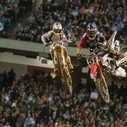Photo Extra: Flying In Formation - One of the coolest aspects of Supercross is the amazing amount of time that the riders spend airborne. And a lot of that time is spent flying in close quarters wi... | Dirt Biking | Scoop.it