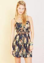 Floral Button Down Dress | Universiteit | Scoop.it