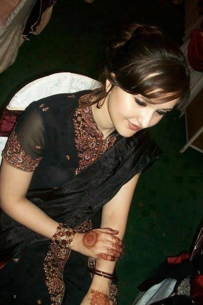 Indian, Punjabi and Pakistani Beautiful girls Picture collection: Sexy Indian Girls High Quality Image | Bikini Indian Girls Picture | Scoop.it