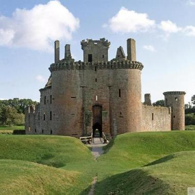 Caerlaverock Castle, Scotland | Ancient Castles & Monasteries | Scoop.it