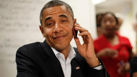 "Obama no tiene iPhone ""por seguridad"" 