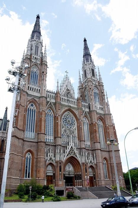 Altura de las grandes catedrales - SkyscraperCity | Arquitectura Medieval | Scoop.it