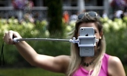 Selfie sticks should be banned for massaging our self-obsession | Psychology, Sociology & Neuroscience | Scoop.it