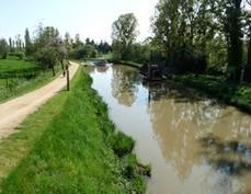 Le canal de Nantes à Brest à vélo : Pontivy - Nantes - Bretagne à Vélo — France Vélo Tourisme | LA #BRETAGNE, ELLE VOUS CHARME - @Socialfave @TheMisterFavor @TOOLS_BOX_DEV @TOOLS_BOX_EUR @P_TREBAUL @DNAMktg @DNADatas @BRETAGNE_CHARME @TOOLS_BOX_IND @TOOLS_BOX_ITA @TOOLS_BOX_UK @TOOLS_BOX_ESP @TOOLS_BOX_GER @TOOLS_BOX_DEV @TOOLS_BOX_BRA | Scoop.it