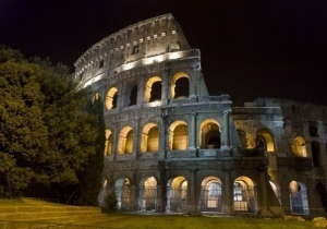 Gourmet Eataly defies crisis to open vast food hall in Rome | geography of food | Scoop.it