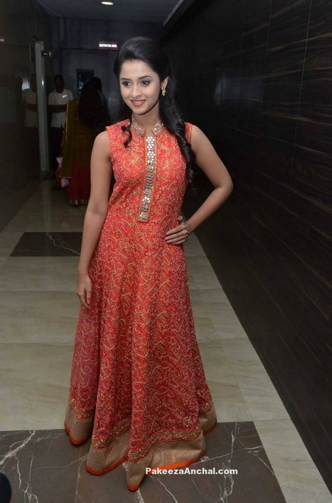 Arthana in Floor Lenght Mirror work Embroidery sleeveless Dress for Girls | Indian Fashion Updates | Scoop.it