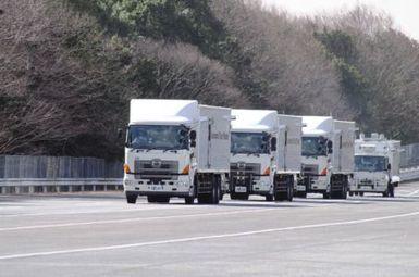 Truck platoon demo reveals 15% bump in fuel economy - SAE | Vehicle Telematics | Scoop.it