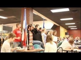 Freshmen's 'Les Mis' flash mob goes viral | Flashmob | Scoop.it