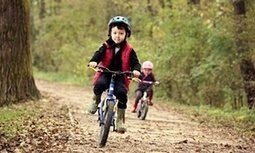 Risk is essential to childhood – as are scrapes, grazes, falls and panic | Kate Blincoe | Parents & Children, Learn & Play | Scoop.it