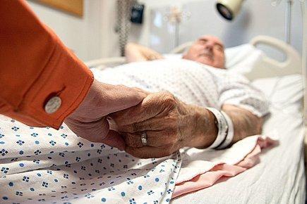 Médicaments de fin de vie: des choix douloureux à l'horizon | Baptiste Ricard-Châtelain | Santé | la fin de vie elody et l'euthanasieEH | Scoop.it