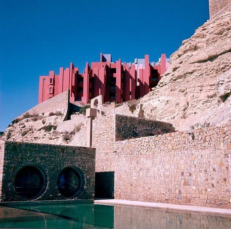 La Muralla Roja, Ricardo Bofill (1968-1973) – – SOCKS | The Architecture of the City | Scoop.it