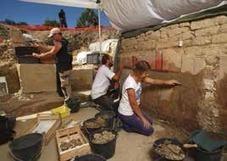 Des fresques romaines exceptionnelles découvertes à Arles   LVDVS CHIRONIS 3.0   Scoop.it