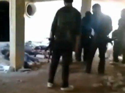 Violent Syria video footage: UN warns of possible POSSIBLE?!?  rebel war crimes (GRAPHIC VIDEO) — RT | The greatest weapon is not a gun. Nor it is nuclear. It is information control | Scoop.it