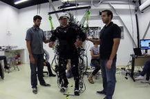Des exosquelettes et la réalité virtuelle aident des patients paraplégiques à remarcher   E-santé, Technologies & Health data   Scoop.it