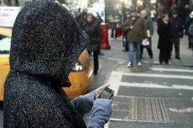 Walking while texting could be dangerous to your health - 89.3 KPCC | Silent Sports | Scoop.it