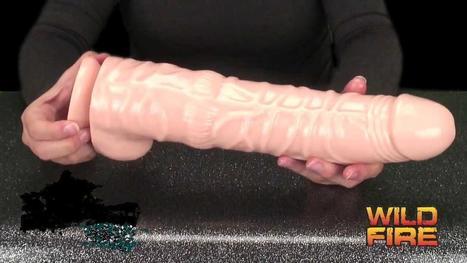 Big Dildo | S4Saucy | Sex toys for ladies | Scoop.it